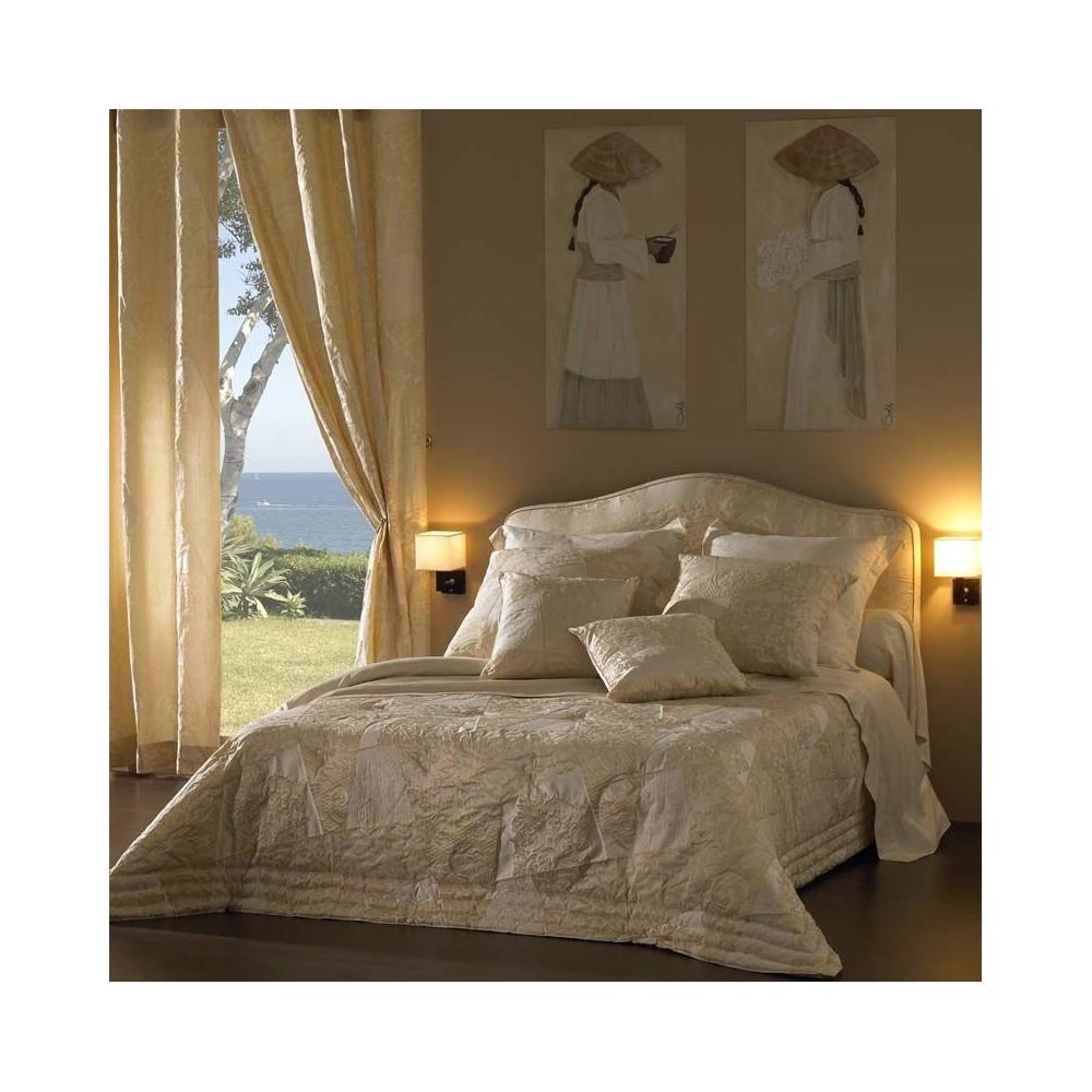 Michel Viaud Ivory Palladio Padded Bedspread